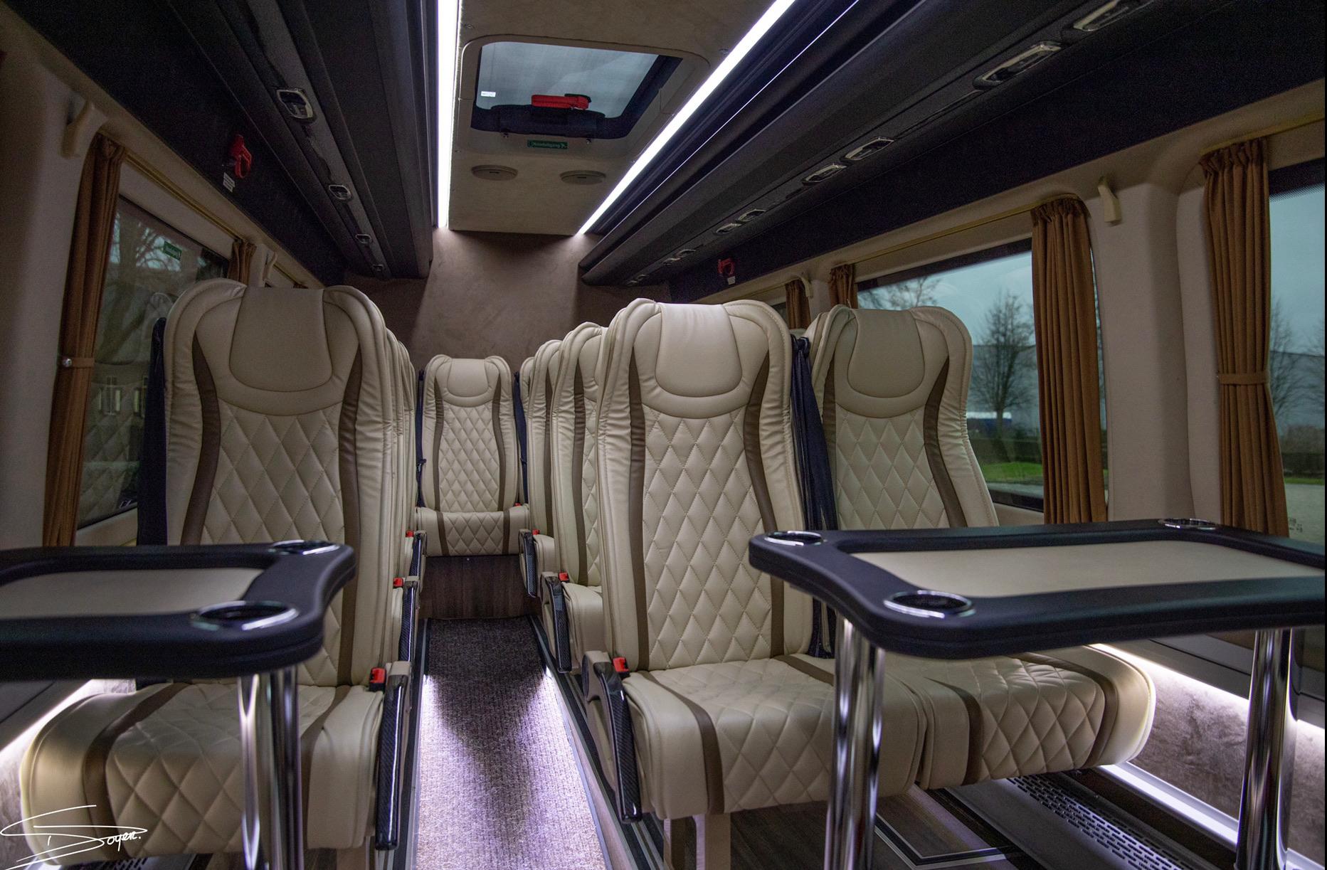 VIP Minibus | Luxe minibus | Minibus 16 personen